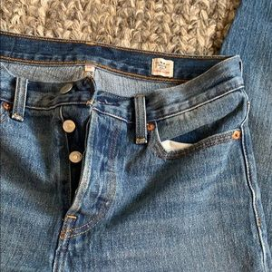 Levi's Jeans cropped | Sizes: 28